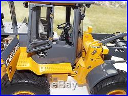 1/16 Ertl John Deere 544J (2 Precision Construction)