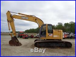 2005 John Deere 225C LC Excavator, Cab/Heat/Air, Aux Hydraulics, Isuzu, 7,494Hrs