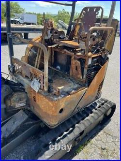 2009 John Deere 17DZTS Mini Excavator Fire Damage Motor Good