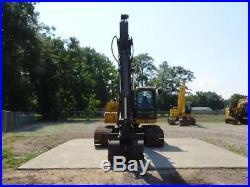 2011 John Deere 200d LC Hydraulic Excavator