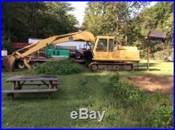 690 C John Deere Excavator