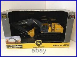 ERTL / BRITAINS 15862 John Deere 450D LC Excavator 150 Scale (Preowned Unused)