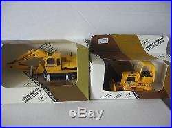 Ertl 1/64 scale, John Deere excavator, Bulldozer NIB