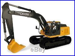Ertl Big Farm 116 John Deere 200Lc Excavator Brand New