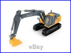 Ertl-TOMY 45432 John Deere 210G LC Excavator 1/50 Die-cast MIB