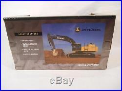 Ertl toys John Deere 2006 Yellow 450D LC EXCAVATOR New 1/50