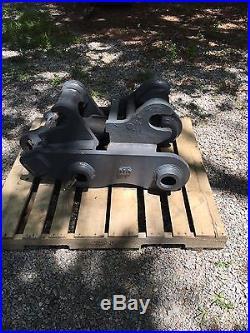Hydro Bucket Coupler For John Deere 200 Series Excavator