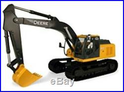 John Deere 1/16 Scale Big Farm Excavator