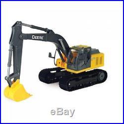 John Deere 1/16th Scale Big Construction 200DLC Excavator