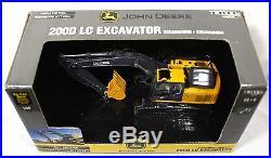 John Deere 200D LC Excavator DIE CAST CONSTRUCTION TOY -1/50 ERTL Boys 15947