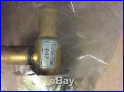 John Deere 4376475 Heater Valve Excavators AT15560