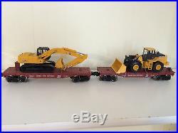 John Deere BN FLATCARS with Excavator and Loader Load O Gauge Lionel/MTH