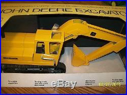 John Deere Ertl 690 Excavator Stock # 505
