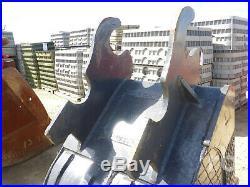 Q/c 32 In Excavator Bucket C/w Fit John Deere 350 Series