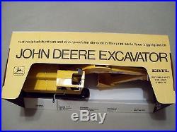 VINTAGE ERTL JOHN DEERE EXCAVATOR, #505, 1/16 scale