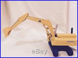 Vintage John Deere Excavator ERTL Construction Tractor